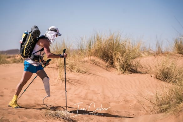 Lone paraplegic MDS runner in the desert